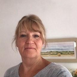 Alison ward headshot